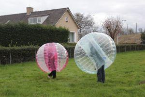 Bumperballen huren in maat klein - middel en groot.