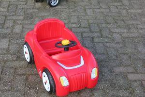 Deze loopauto is onderdeel van het speelhoekje voor kleuters.