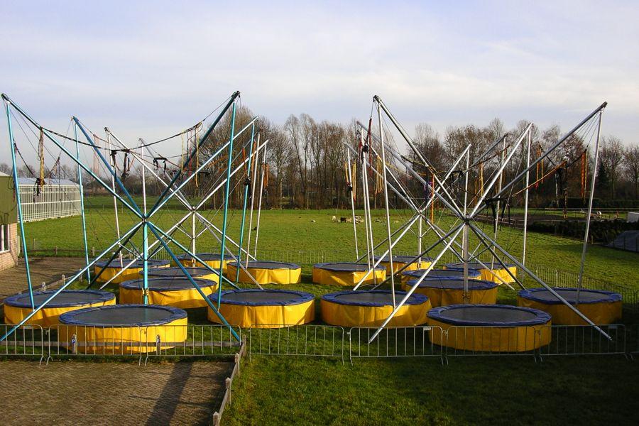 Bungee trampoline is op ieder evenement een groot succes.Alle modellen zijn met topkwaliteit te huur !