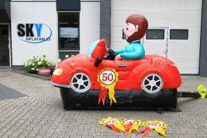 Rode sporttieve sportauto voor verjaardag.