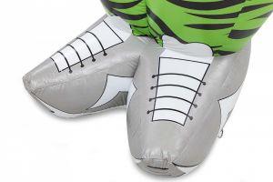 opblaasbare Abrahampop met  foute schoenen