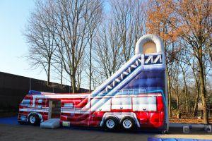 Brandweer glijbaan heeft een aantrekkingskracht voor ieder event!