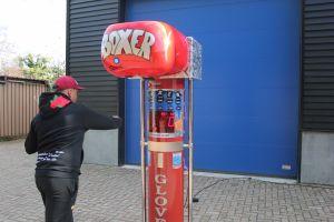 Boksbalmachine huurt u voordelig bij Attractieverhuur De Toren