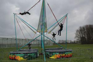 De Bungee trampoline is in kwaliteit en heeft de mooiste uitstraling. Attractieverhuur de Toren heeft deze kwaliteit!