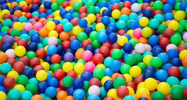 Ballenbak, ballenbakballen, ballenbad, ballenbadballen,