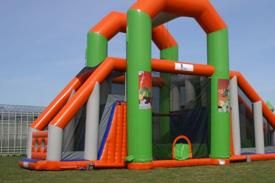 Skyswing toren; geschikt voor ieder evenement.Nu te huur bij Attractieverhuur De Toren.