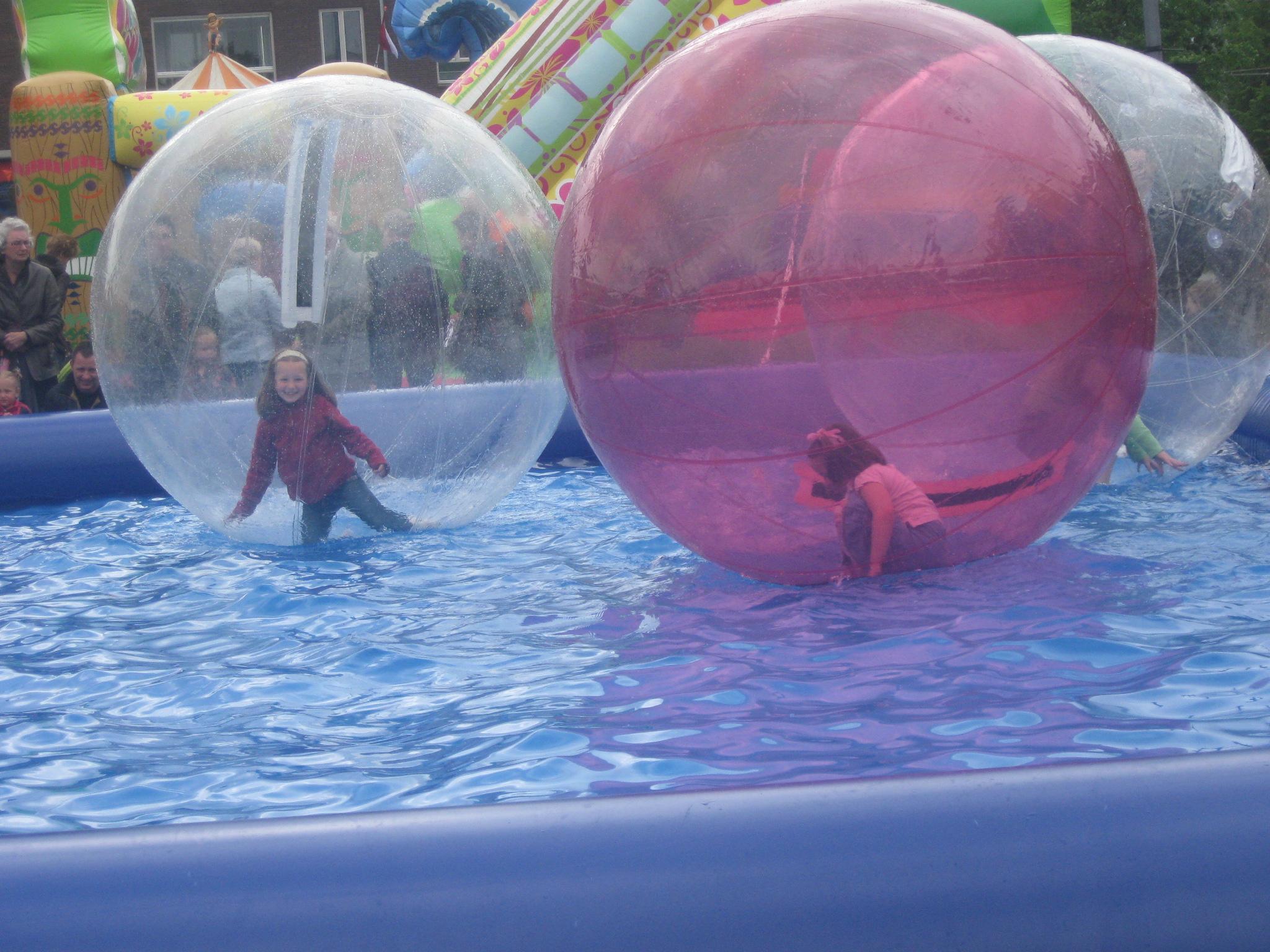 Afbeeldingsresultaat voor aquaballen huren